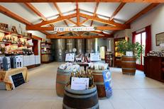 Domaine du Petit Chaumont Aigues Mortes propose la dégustation et la vente de vins au Domaine (® SAAM-Fabrice Chort)