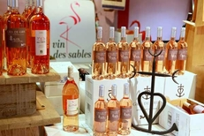 Vin des Sables de la Maison méditerranéenne des Vins sur la route de l'Espiguette du Grau du Roi (crédits photos : networld-fabrice Chort)