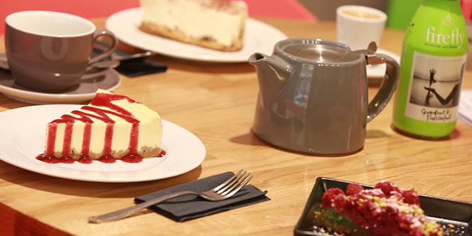 Georges Café Montpellier Salon de thé en centre-ville propose de savoureuses pâtisseries fait maison.(® SAAM-fabrice CHORT)