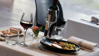 L'Instant Présent à la Grande Motte annonce son Menu spécial Fêtes à déguster du 25 décembre au 4 janvier.(® SAAM-fabrice Chort)