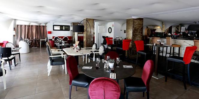 La Brasserie de la Mer La Grande Motte Restaurant sur le port ouvre tous les jours.