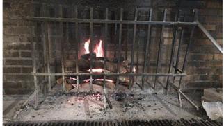 La Maison Lattes Restaurant propose sa Carte avec ses grillades au feu de bois et ses formules comme la formule du midi avec plat du jour.(® la maison)