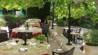 Le Mazerand à Lattes, restaurant gastronomique près de Montpellier, affiche sa carte d'été.