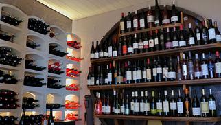 Le Pressoir à St Saturnin annonce un week-end festif les 16 et 17 octobre pour fêter le vin primeur.(® facebook le pressoir)