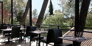 Les Coulondrines Saint Gély du Fesc le restaurant du Golf de Coulondres propose une cuisine méridionale.