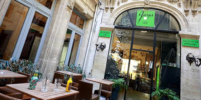 Notez qu'il n'y a pas de changement d'horaires chez Georges Café Montpellier ! (® SAAM fabrice Chort)