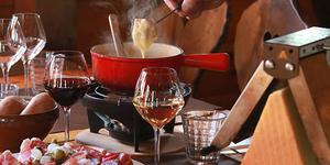 Réchauffez-vous l'estomac et le cœur au Chalet Chamoniard ! (® SAAM fabrice Chort)