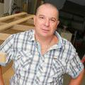 EDS-SUD Montpellier fabrique des banquettes sur mesure pour les professionnels et les particuliers et a été fondé par Jean-Claude Dupont (® networld-fabrice chort)