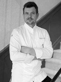 L'instant Présent La Grande Motte est un restaurant à découvrir en centre-ville proposant des produits frais et une cuisine fait maison qui est dirigé par Benjamin Moulinas.(® SAAM-fabrice Chort)