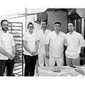 La boulangerie Mas Saint-Pierre Lattes est gérée par Luc Ponrouch, ici une photo de son équipe (® SAAM-fabrice Chort)
