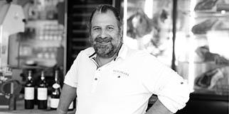 La Palourdière Bouzigues est un restaurant de cuisine fait maison autour des poissons, coquillages et de grillades qui est dirigé par Bruno Vitalis.(® SAAM-fabrice Chort)