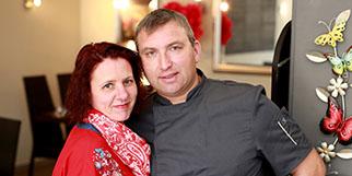 Le restaurant L'Insolite Mauguio qui propose une cuisine traditionnelle faite maison est géré par Rebecca et Xavier Defrémont.(® SAAM-fabrice CHORT)