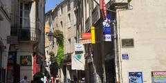 Rue de l'Aiguillerie au centre-ville de Montpellier