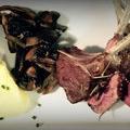 L'Auberge du Lac Salagou propose sa recette du Carré d'agneau parfumé au romarin. (® auberge du lac)
