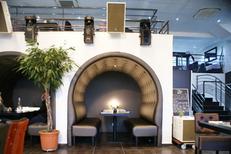 EDS-SUD Montpellier fabrique des Banquettes capitonnées et mobilier de restaurant (® EDS-SUD)