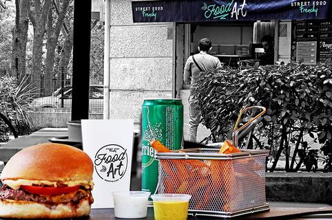 Food'Art Montpellier est un restaurant de street food fait maison dans le quartier des Beaux Arts en centre-ville.(® SAAM fabrice CHORT)