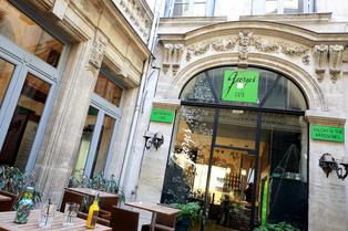 Georges Café Montpellier Salon de thé et Restaurant propose une cuisine Fait Maison en centre-ville (® networld-fabrice chort)
