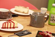 Salon de thé Montpellier Georges Café sert des pâtisseries Maison en centre-ville (® networld-fabrice Chort)