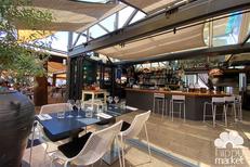 Hippy Market Café Sète est un restaurant fait maison avec des tables en terrasse (® hippy market café)