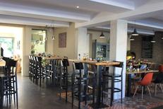L'Aromate Palavas un restaurant de produits frais propose une ambiance élegante et sobre en centre-ville  (® l'aromate)