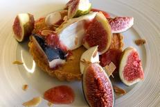 L'Art Local Montpellier est un restaurant de cuisine fait maison avec des produits locaux.Ici un dessert maison avec des fruits de saison (® l'art local)