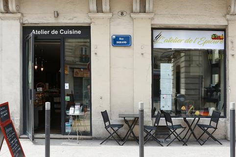 Atelier de l'Epicure Montpellier Cours de cuisine, service Traiteur pour repas de famille, pique-nique, gâteau d'anniversaire et épicerie fine en centre-ville.(® SAAM-Fabrice Chort)