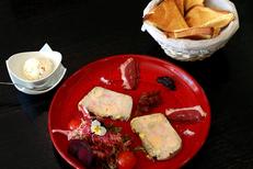 Restaurant L'Insolite Mauguio propose une cuisine fait maison en centre-ville (® SAAM-fabrice Chort)