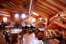 Chalet Chamoniard Montpellier Restaurant montagnard propose une grande salle lumineuse Ambiance Montagne à Lattes (® networld-fabrice chort)