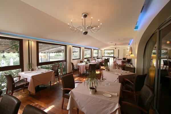 Le clos des oliviers saint g ly du fesc restaurant - Salon de la chasse saint gely du fesc ...