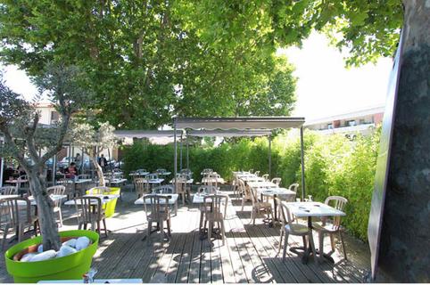 Le Delphis Lattes restaurant au centre-ville (® networld-fabrice Chort)