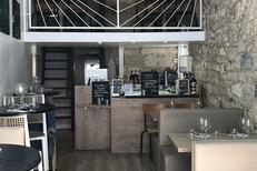 Le Labo de la Gaufre Montpellier est un restaurant de gaufres fait maison, avec des tables en salle et en terrasse en centre-ville (® labo de la gaufre)