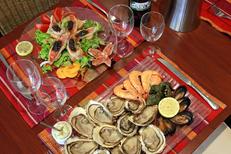 Le Marin Bouzigues restaurant de poissons et fruits de mer qui propose des entrées fraîches (® networld-fabrice Chort)