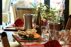 Restaurant Bouzigues Le Marin avec poissons et fruits de mer  (® networld-fabrice Chort)