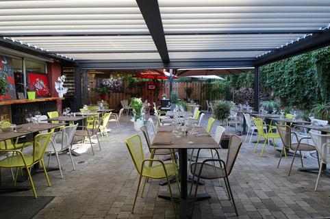 Le Patio Mauguio restaurant de grillades au feu de bois et sa terrasse pour les beaux jours (® Le Patio)
