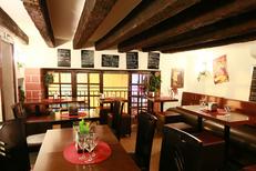Vue du bar à tapas Le Tapas au centre-ville de Montpellier (crédits photos : NetWorld-Fabrice Chort)