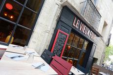Le Vieux Four Restaurant Montpellier qui propose une cuisine fait maison et des tables en terrasse en centre-ville (® SAAM-fabrice Chort)