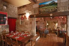 Restaurant Le Vieux Four Montpellier propose une cuisine fait maison en centre-ville (® SAAM-fabrice Chort)