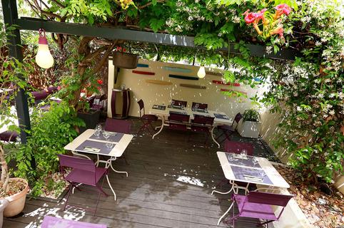 Les Gourmands Montpellier est un restaurant avec une cuisine fait maison avec sa belle terrasse proche du Corum en centre-ville (® SAAM-fabrice Chort)