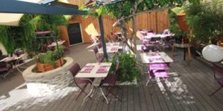 Restaurant les Gourmands Montpellier avec sa belle terrasse proche du Corum au 40 Avenue Saint Lazare (® SAAM-Fabrice Chort)