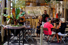 Oh Gobie Restaurant Sète vous accueille sur les quais du port. ( ® oh gobie)