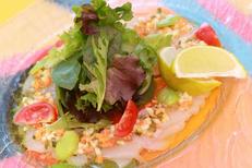 Salade gourmande du restaurant Le Bazar de Montpellier dans le quartier Aiguelongue (© networld-fabrice chort)